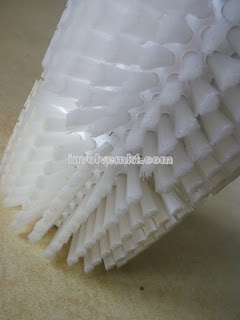 nylon segment roller brush. glove industry beading brush