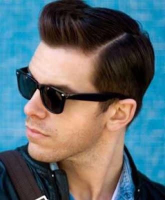 model klasik gaya rambut pompadour pria_30297455