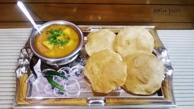 http://www.paakvidhi.com/2016/01/aalu-puri-rasedaar-aalu.html