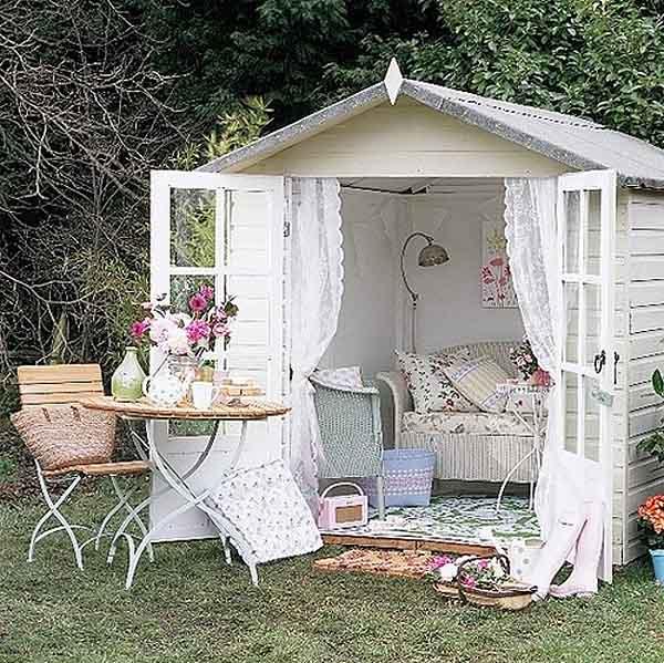 pequeña caseta de jardin