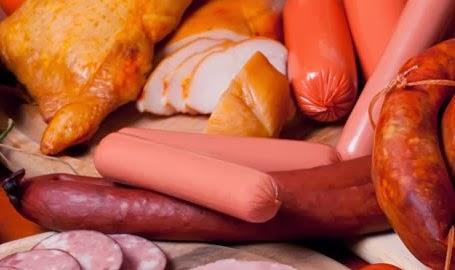 Chorizos, longanizas, adobo, carne seca.