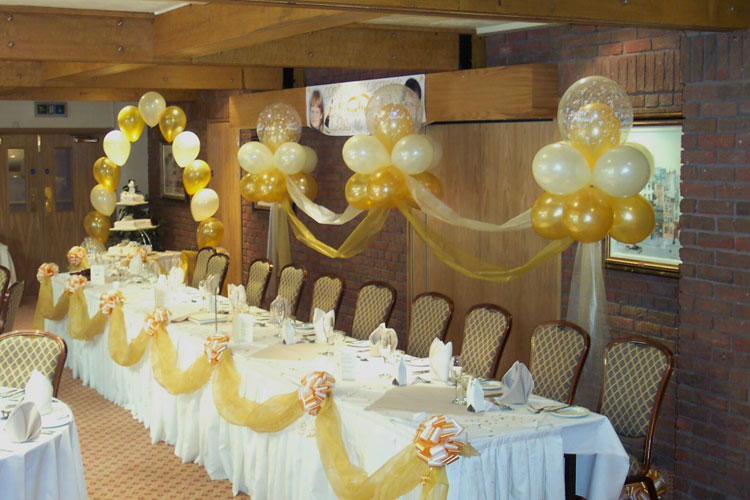 The best wedding decorations great wedding balloon for Balloon decoration designs