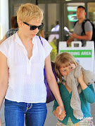 Cute and casual (michelle williams daughter matilda ledger at laguardia airport olsen twins news com )