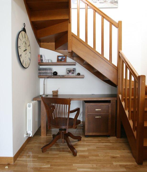 Cosas de palmichula aprovechando espacio debajo de la for Cocinas debajo de las escaleras