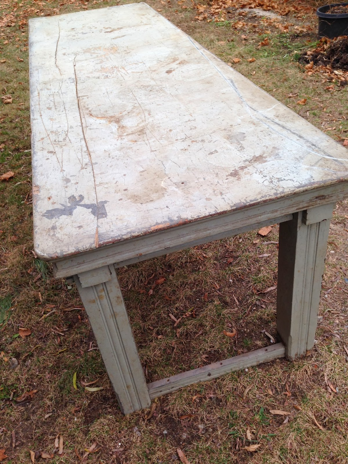 Small Holdings Farm: Vintage Farm Table Rehab