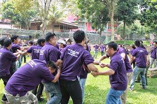 """Villa Ratu"" TEMPAT OUTBOUND DAN FAMILY GATHERING DI BOGOR | Outbound Puncak Bogor Team Building Family Gathering Paintball"