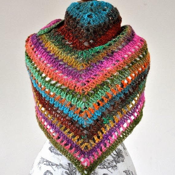 Triangular Crochet Shawl In Gypsy Style