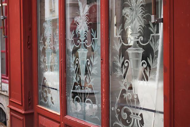Vitrine de Bar - Place de la Libération - Dijon