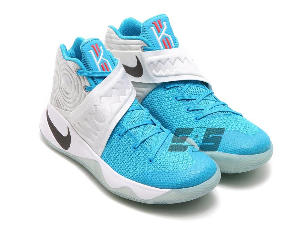 Sole4Souls : Nike Kyrie 2 Christmas