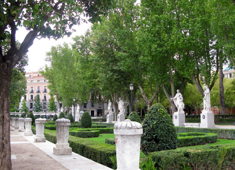 Madrid info for Jardines de plaza
