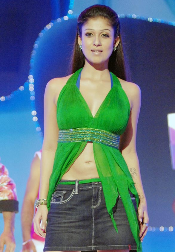 hot mallu actress nayanthara unseen hot photo album 20