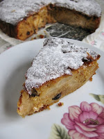 apple and marmalade cake
