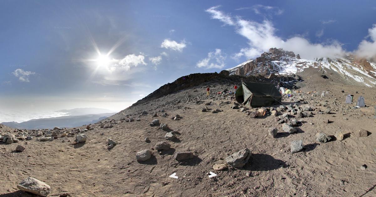 Esplorate l'Everest, il Kilimangiaro e molte altre vette con Google Maps