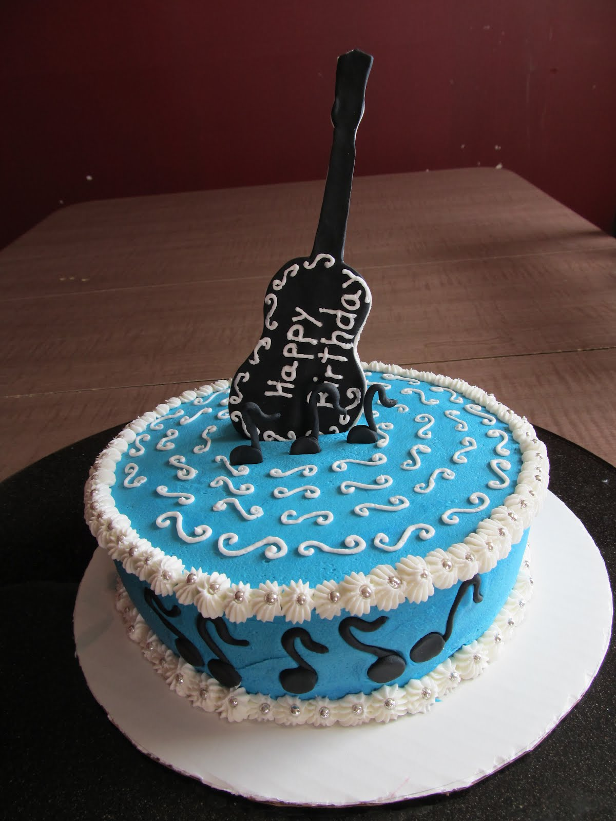 Cake Designs by Steph: Guitar birthday Cake!