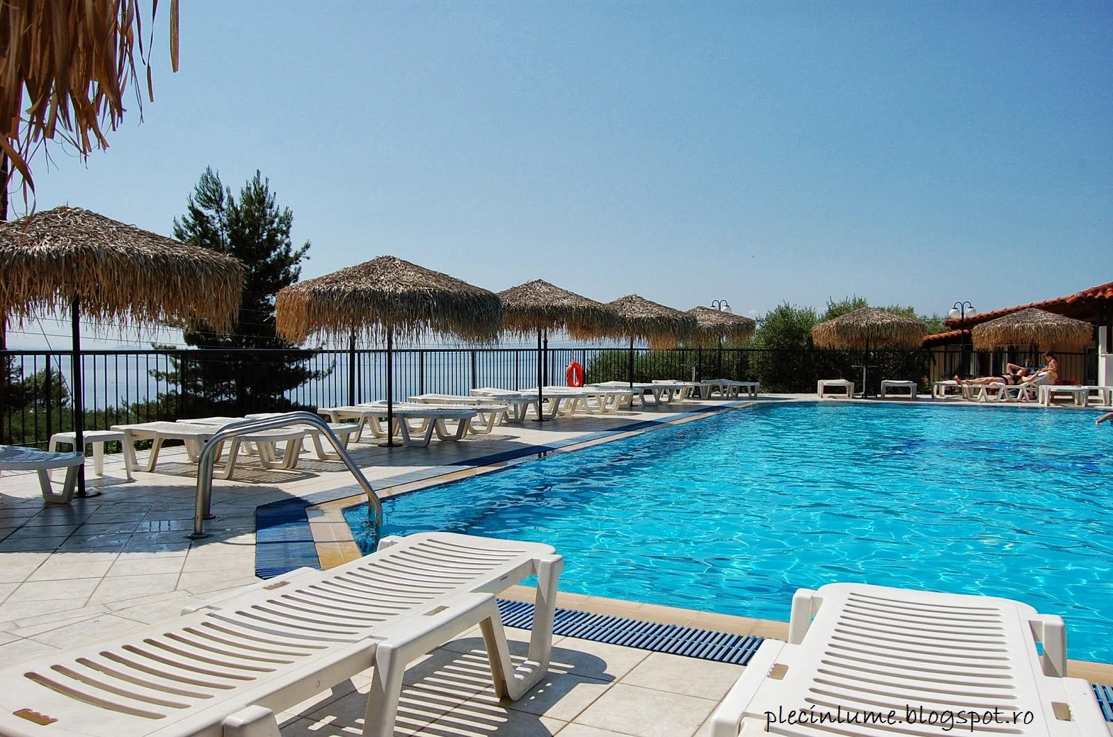 Piscina hotelului din Halkidiki