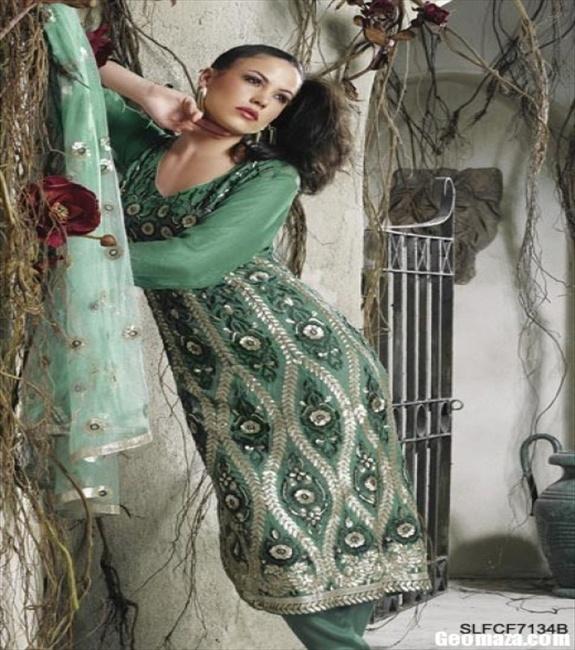 Sexy and Lush Salwar Kameez