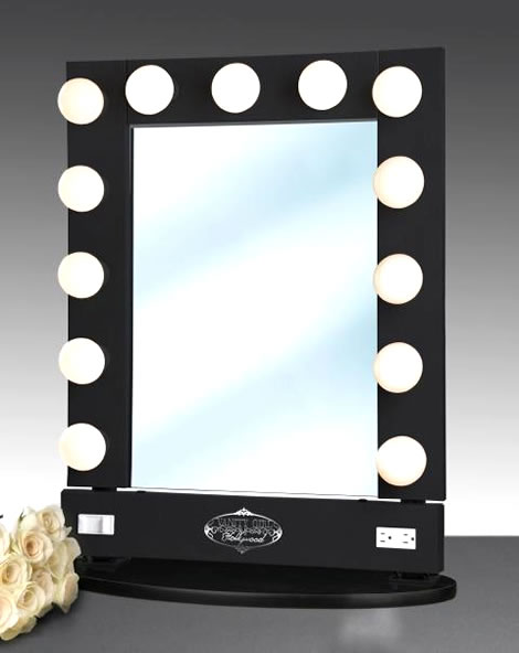 lighted makeup mirror amplify your extinguishment with a lighted. Black Bedroom Furniture Sets. Home Design Ideas
