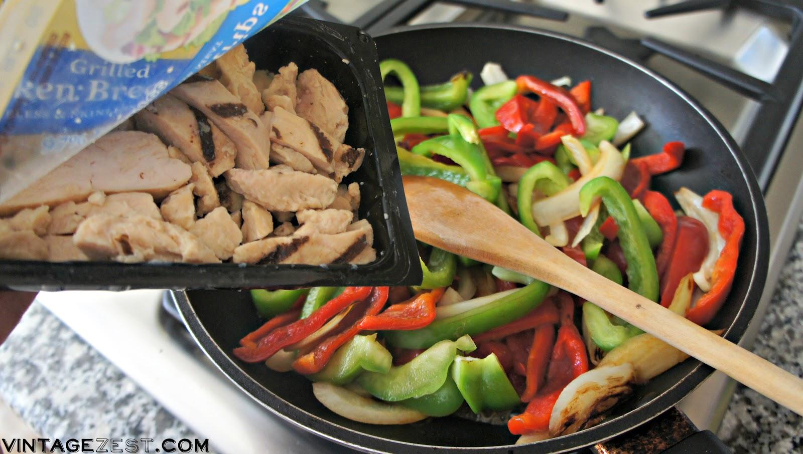 Fa-Cheat-as - Easy Grilled Chicken Fajitas! on Diane's Vintage Zest! #ad #ReadySetChicken #easy #weeknight #mexican #fajitas #recipe