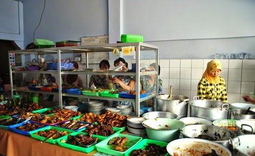 Peluang Usaha Makanan Dengan Modal Kecil - Warung Makan