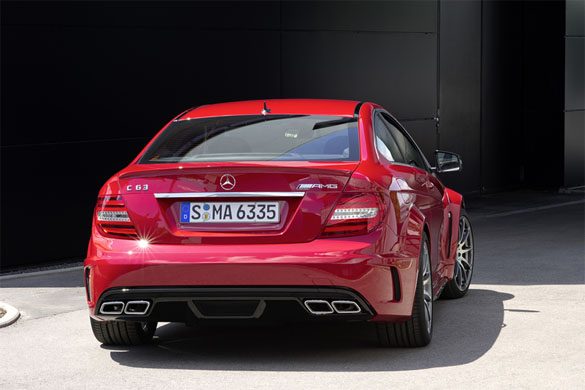 2012 mercezes benz c63 amg coupe black series. Black Bedroom Furniture Sets. Home Design Ideas