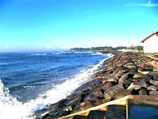 Objek Wisata Pantai Lebih Gianya