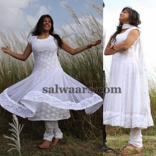 Parvathy Suresh in White Salwar