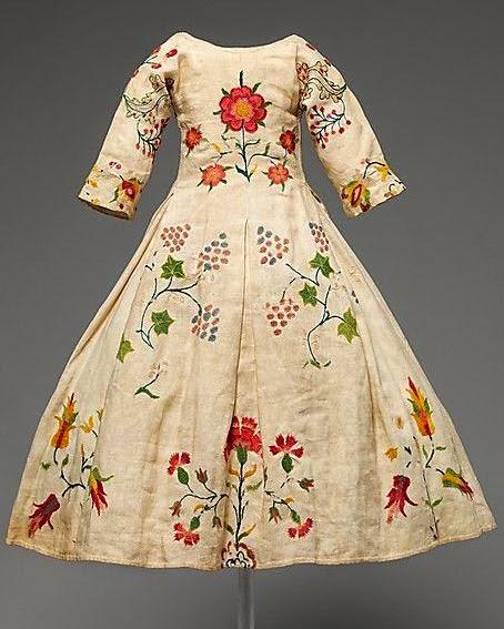 Однако в Средние века вышивка
