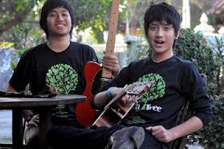 Download Lagu Melebur Beda the Finest Tree Cakka & Elang - OST. Film ...