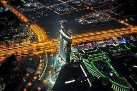 صور برج خليفة من الخارج في الليل