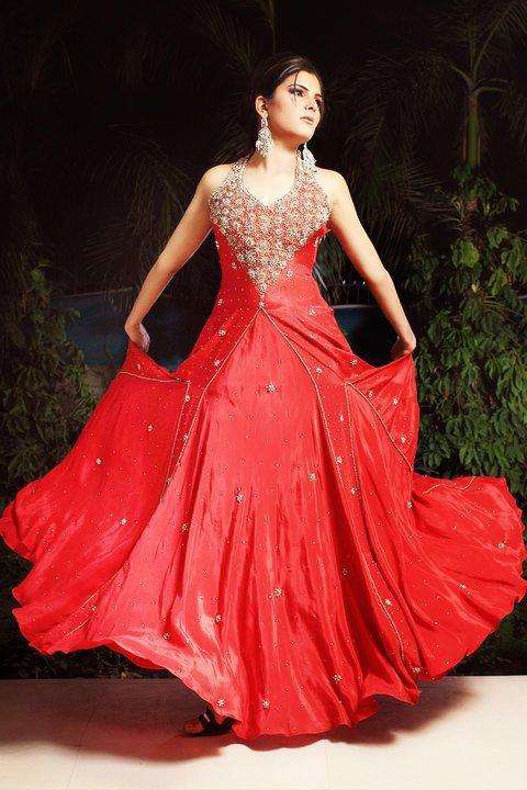 Pakistani bridal winter red dresses designs fashionzu for Red winter wedding dresses