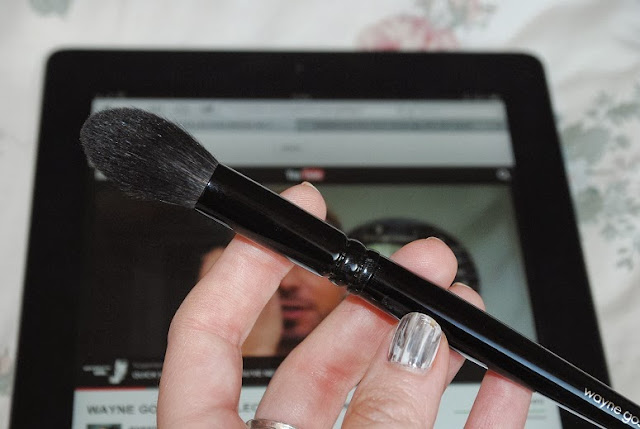 wayne-goss-makeup-brush-2-review