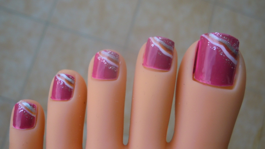 Toe Nail Art Designs With Lines