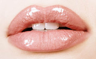 Don't Let Lips 'Stand Out' Without Moisture Protection