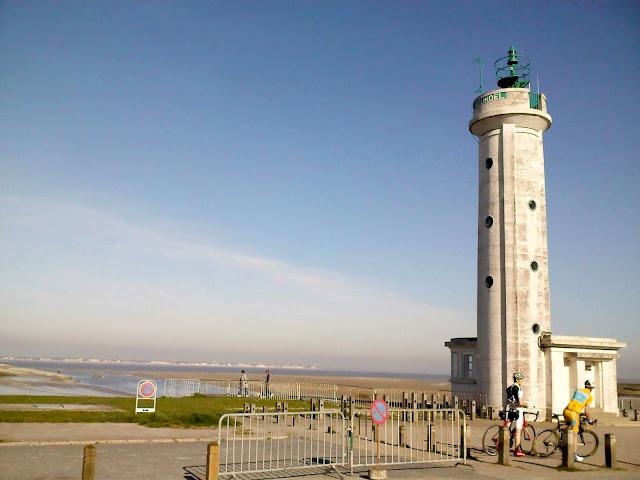 Le phare de Hourdel
