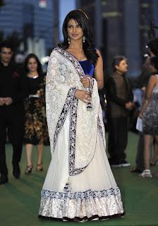priyanka chopra white saree