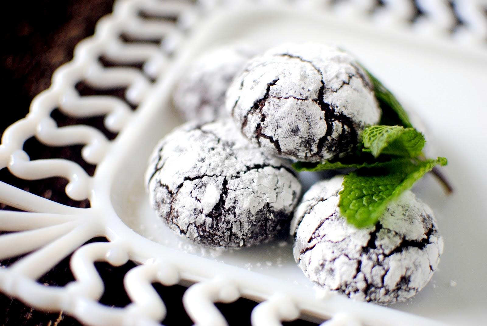 Simply Scratch Dark Chocolate Mint Crackle Cookies - Simply Scratch