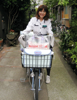 Yakult's Bicycle Delivery Ladies, 41,000 Strong