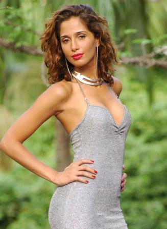 Biografía actriz brasilera Camila Pitanga [Fotos]