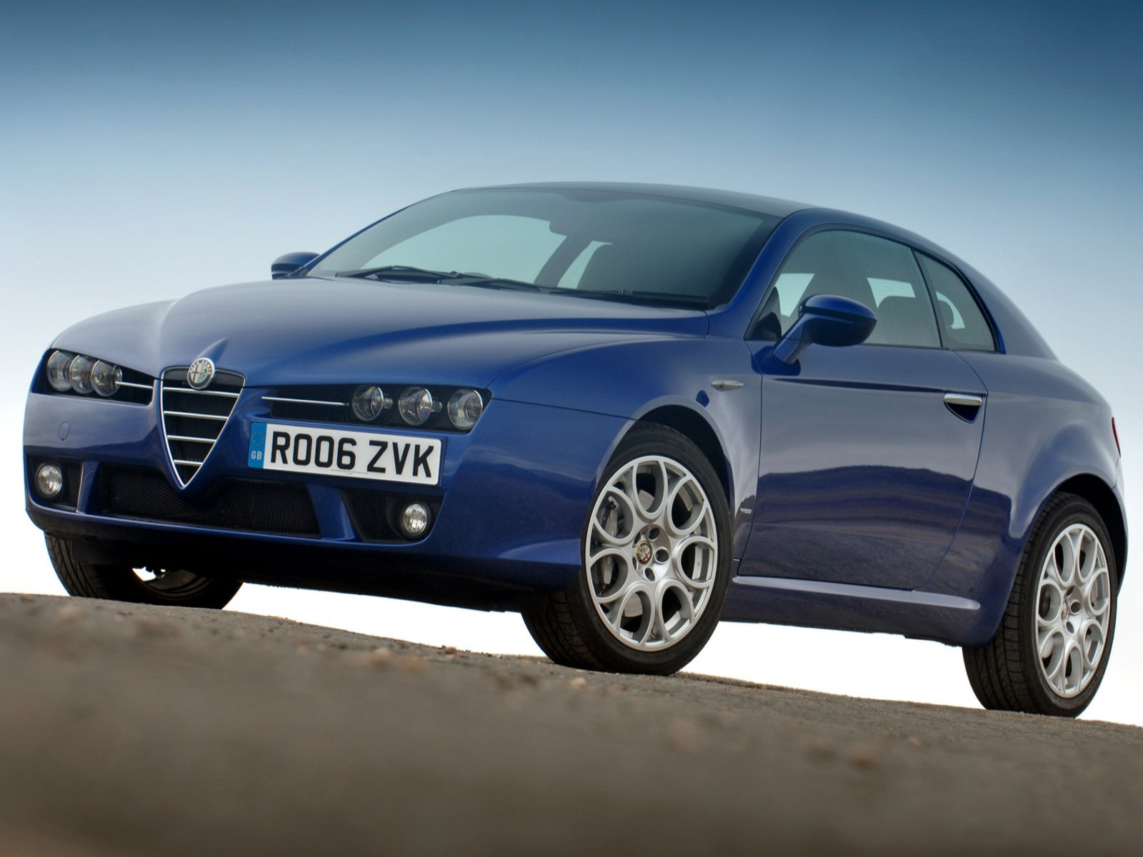 car pictures alfa romeo brera uk version 2005. Black Bedroom Furniture Sets. Home Design Ideas