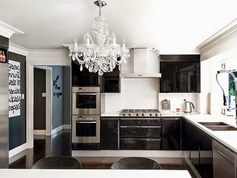 Ultra Luxury Black and White Kitchen Designs Ideas