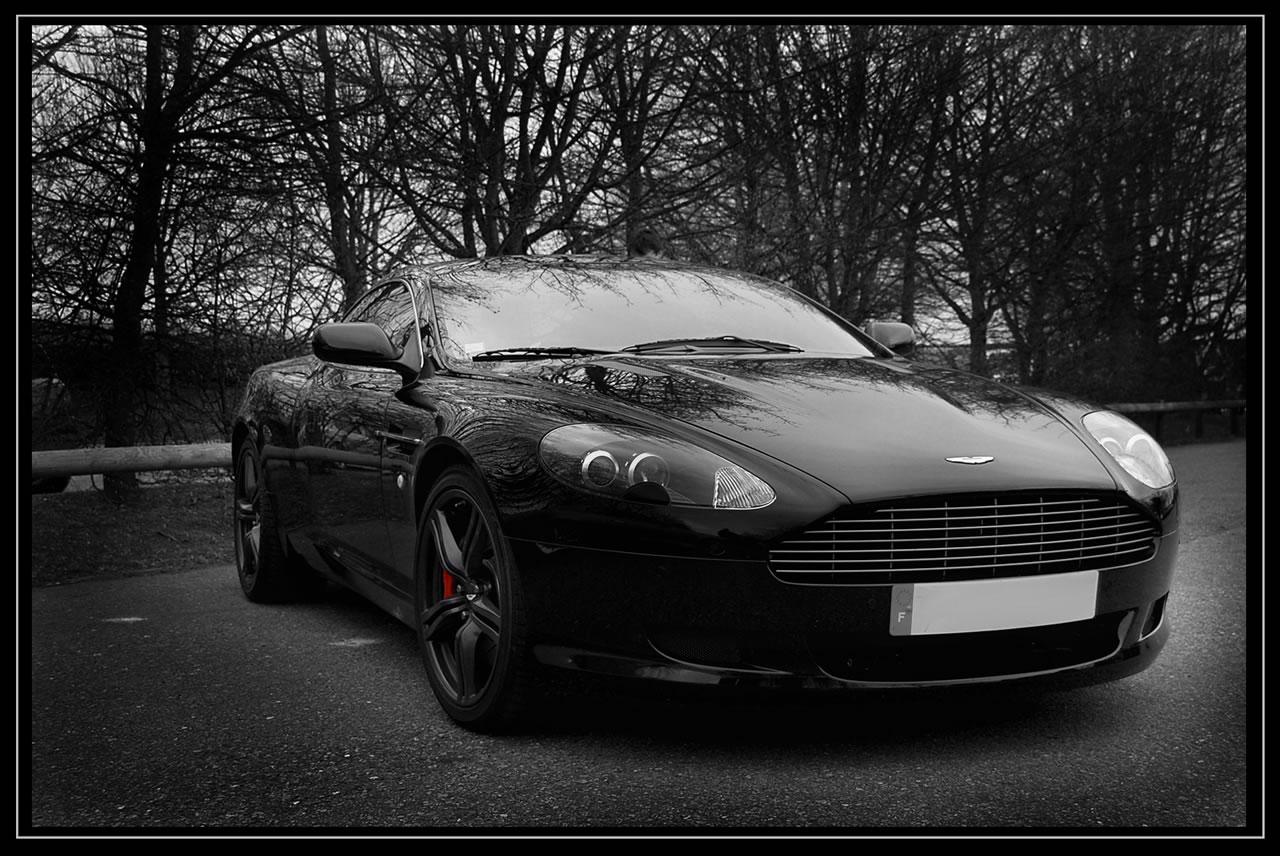 http://4.bp.blogspot.com/-8Lz35mPtQDg/UJ5X4eEEPBI/AAAAAAAAGe8/biULBMQTr68/s1600/Black-Aston-Martin-DB9.jpg