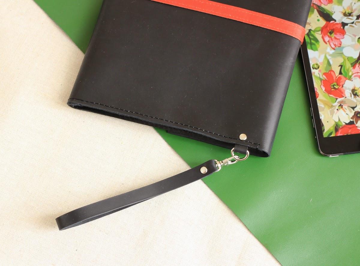 Кожаный клатч-папка, ручка отстегивается