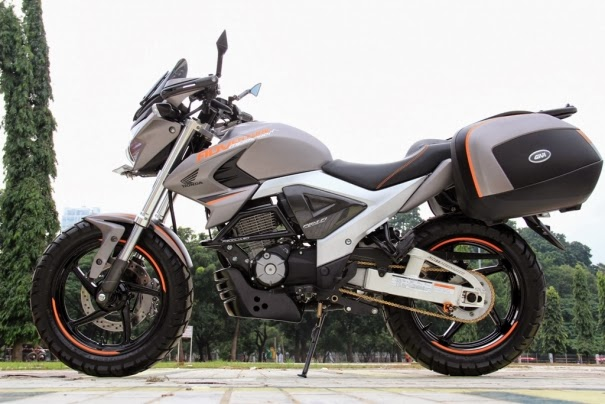 Modifikasi New Honda Megapro FI 2014 Model MAcho Adventure Touring title=