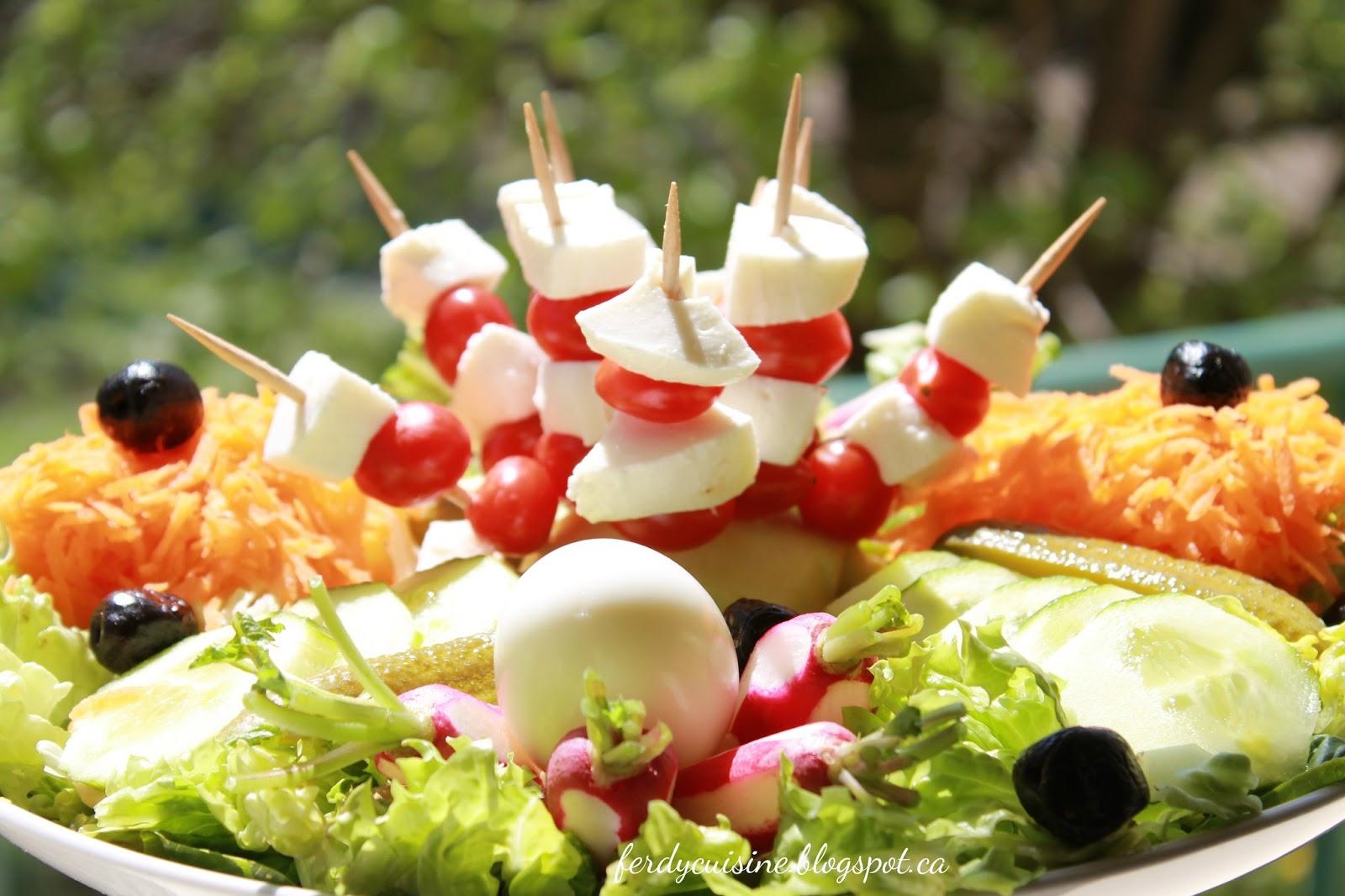 Le blog culinaire d 39 une d butante la salade compos e 2 carotte radis concombre - Salade d ete composee ...
