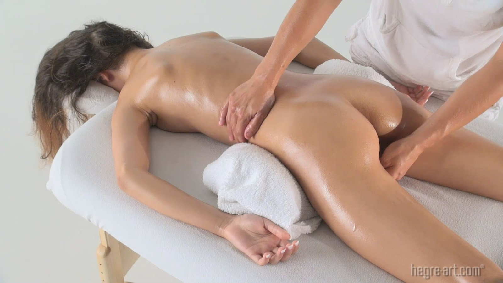 erotic  massage 359 riley