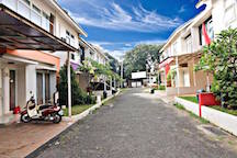 TOWN HOUSE DEPAN MALL CINERE