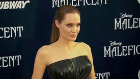 Des cadres d'Hollywood critiquent Angelina Jolie dans des emails