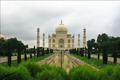 Sejarah Pembangunan Taj Mahal