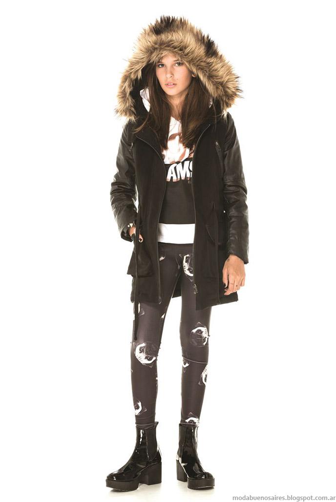 Camperas parkas con detalles en piel en capucha Ona Saez Kids otoño invierno 2015.