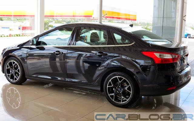Novo-Focus-Sedan-Titanium-2014+(14).JPG